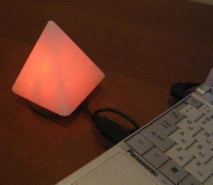 Солевая usb лампа «пирамида» от Ayurveda-shop.ru