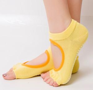 Носочки с вырезами для йоги, пилатеса и фитнеса yogatops йогатопс Yogatops (Йогатопс) - Одежда для йоги